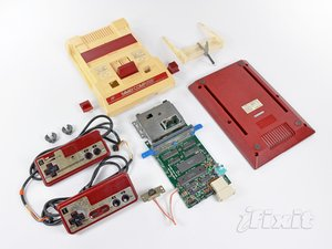 Nintendo Family Computer (Famicom) Teardown