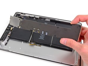 Installing iPad 2 GSM Logic Board