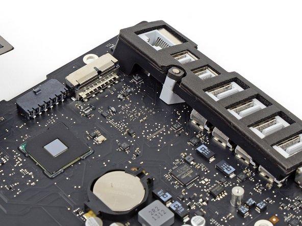 """Заглянем внутрь моноблоков Apple iMac 27"""" и 21.5"""" (2013)"""