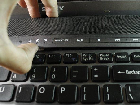 تعویض دکمه پاور لپتاپ 1
