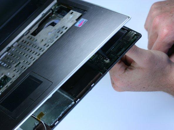 تعویض اسپیکر لپ تاپ 66
