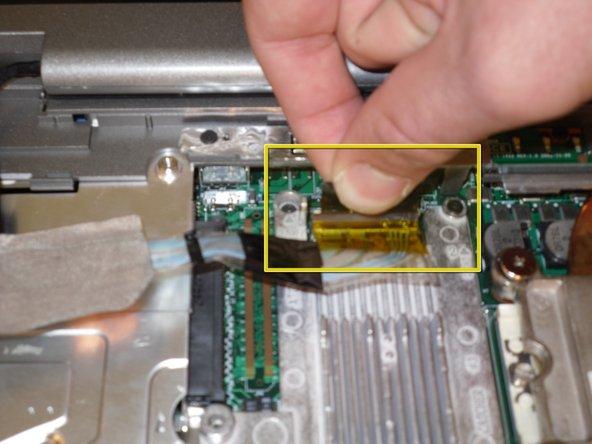جدا سازی LCD لپتاپ از قاب 7