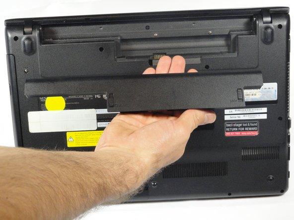 تعویض باتری لپتاپ 6