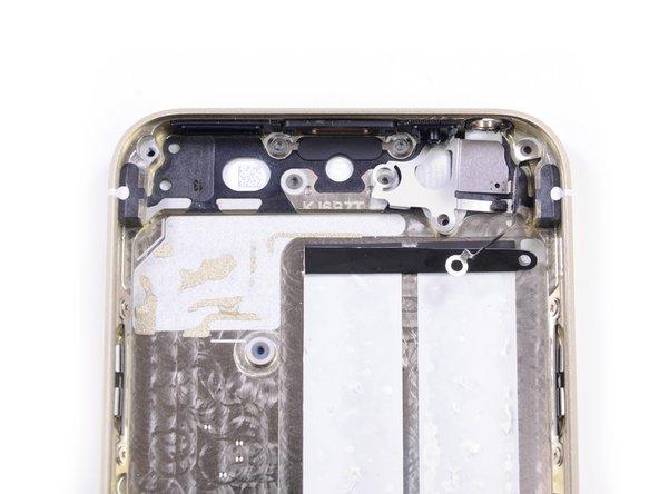 Заглянем внутрь смартфона Apple iPhone 5s