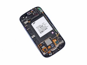 Installing Samsung Galaxy S III Front Panel Assembly
