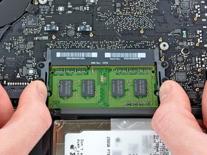 Installing MacBook Unibody Model A1342 RAM