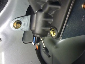 Rear window actuator