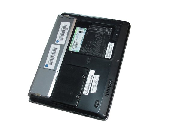 Fujitsu LIFEBOOK P7010D Battery Replacement