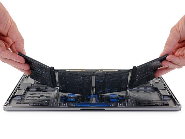 "MacBook Pro 15"" Touch Bar 2018 Battery Replacement"