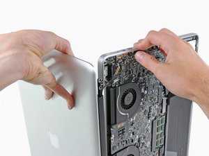 "MacBook Pro 17"" Unibody Display Replacement"