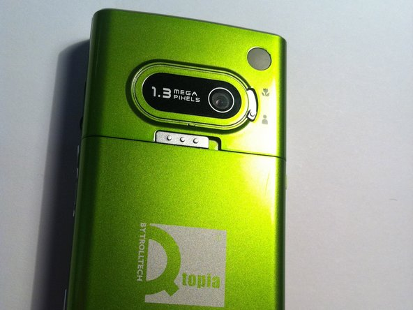 here is the Qtopia green phone.