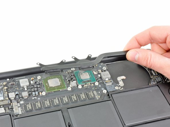"MacBook Air 11"" Late 2010 Heat Sink Replacement"