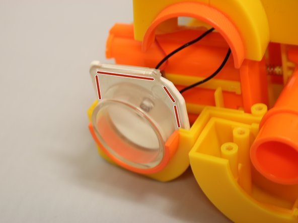 Image 1/1: As shown, the lens should be placed where the edges line up.