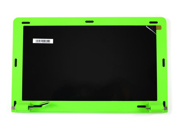"The 13,3"" HD Screen is surrounded by a green plastic frame. We can remove it by pulling off the rubber spacers which protect the display from getting scratched by the raspy keyboard when the pi-top is closed."