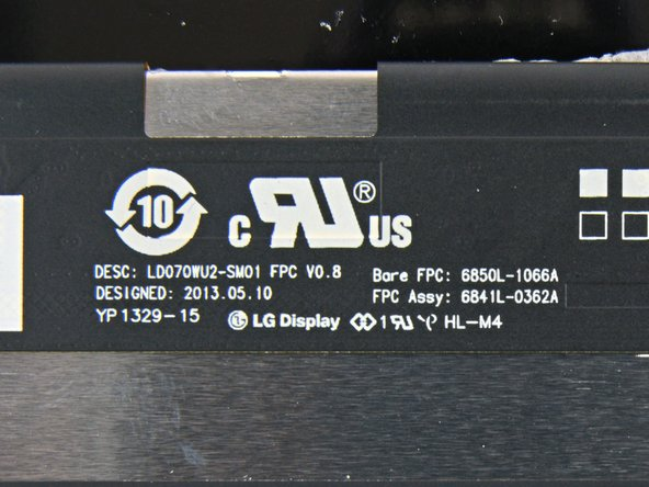 Image 1/3: More ICs located on the back of the display assembly: