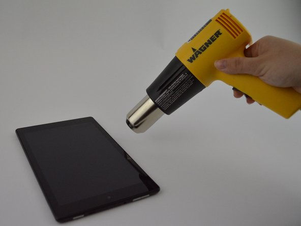Image 2/2: Make sure you use sweeping motions with the heat gun, instead of hovering over one area.