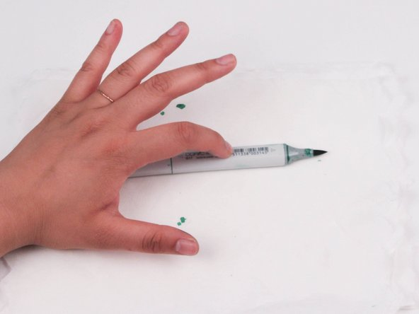 Press on the middle of the marker 3 times to insure ink is spread throughout.