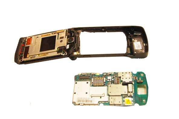 Motorola W490 Circuit Board Replacement