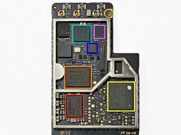 Image 1/1: Qualcomm PM8028 Power Management IC