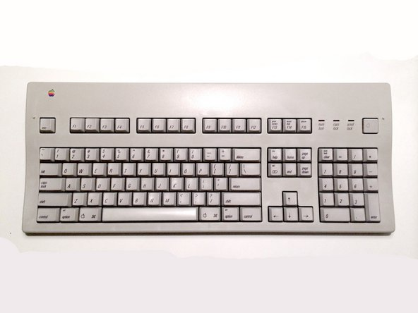 Ahh, the Apple Extended Keyboard II. Some argue it's the best keyboard ever made. I'm just here to tear it down. Some specs: