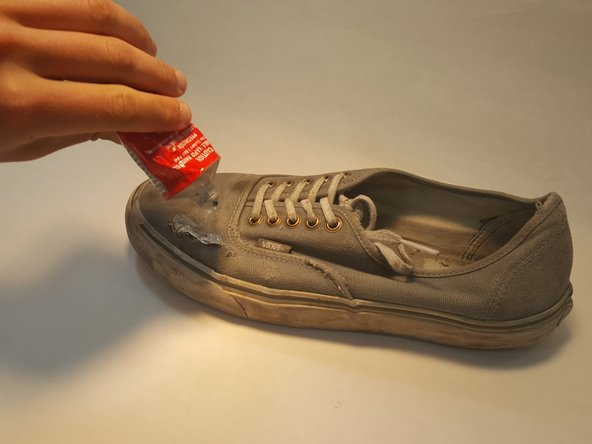 Image 3/3: DO NOT squeeze huge globs onto the shoe, in this case more is not always better.