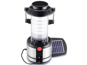 Lamp met zonnepaneel