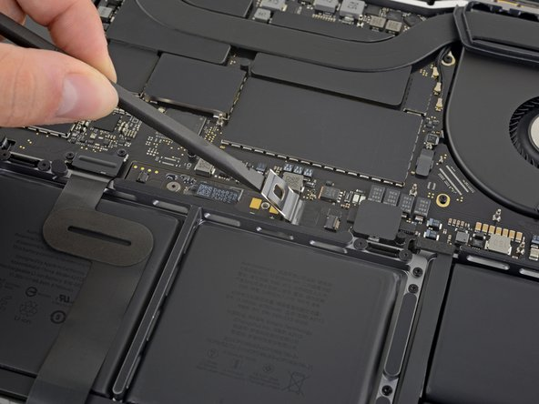 """MacBook Pro 16"""" 2019 Battery Disconnection"""