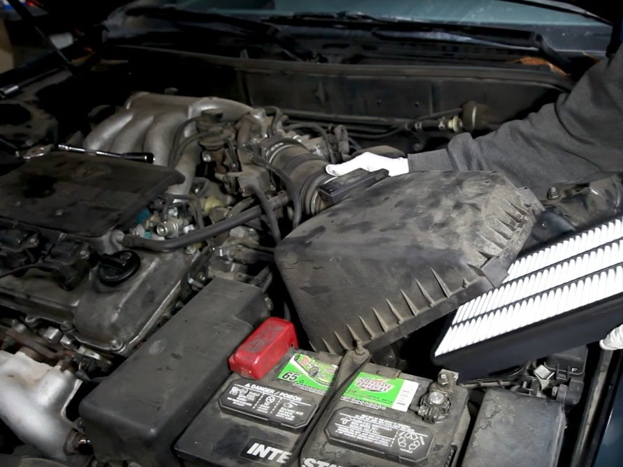 1991-1996 Toyota Camry Engine Air Filter Replacement (1991 ...