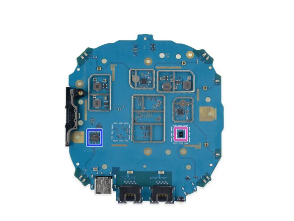 Qualcomm IPQ4019 SoC—the main brains of the device, and the reason for the giant heatsink