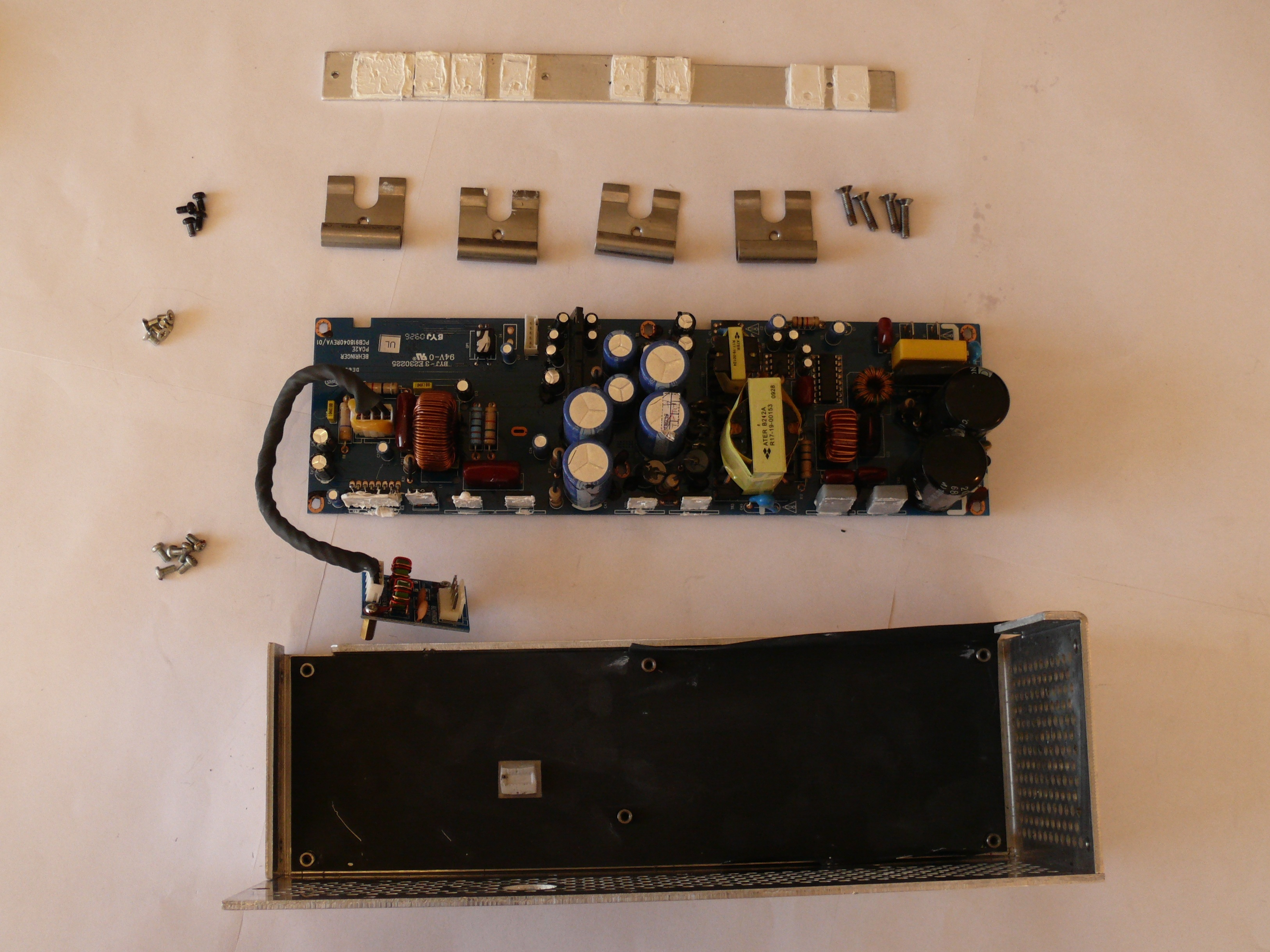 Behringer Eurolive B212d Audio Amplification Pcb Replacement Kapasitor Ifixit Repair Guide
