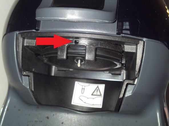 Disconnect the device from the mains voltage. You will also appreciate to remove the water container.