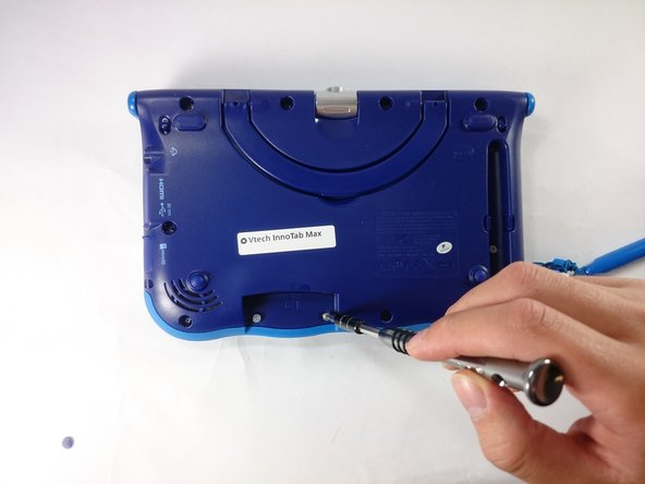 Image 3/3: If there is a cartridge in the device make sure to remove it.