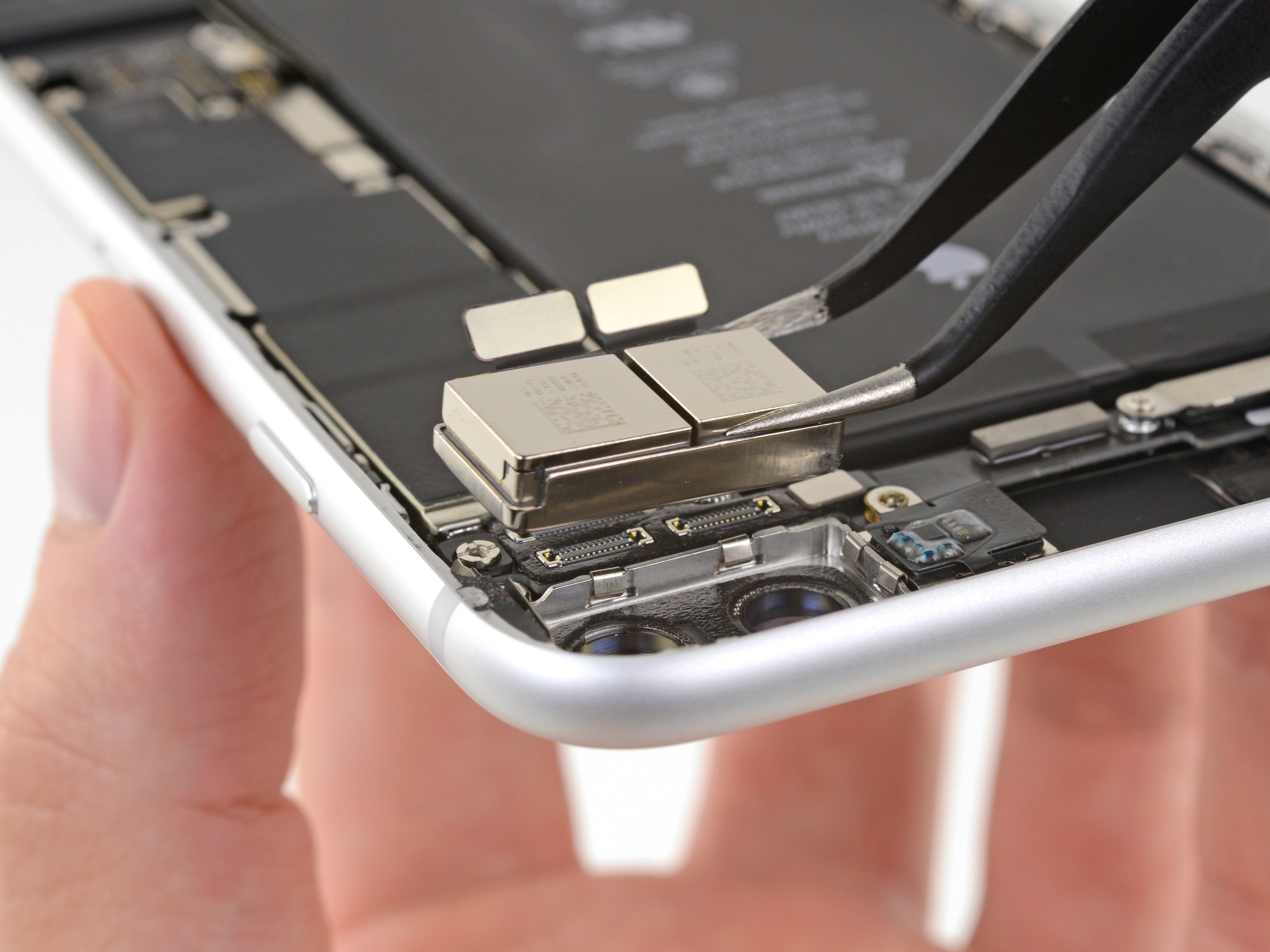 iPhone 8 Plus Rear-Facing Cameras Replacement - iFixit