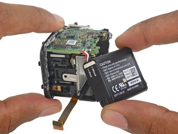 Image 1/3: No more [https://www.ifixit.com/Teardown/GoPro+Hero3+Teardown/12457#s43132|removable batteries|new_window=true]—presumably in the interest of waterproofing.