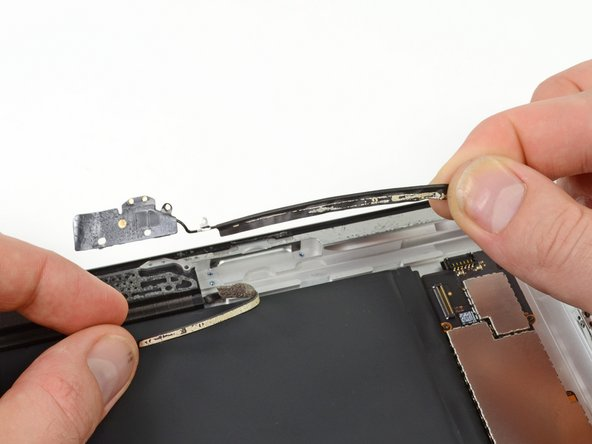 iPad 4 CDMA Wi-Fi Antenna Replacement