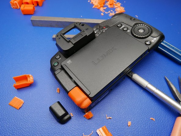 The fit on these replacement parts was quite remarkable for the complexity of the part. The orange serves as a good contrast to the rest of the camera too.