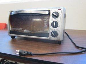 Englewood Black & Decker Black Toaster OvenTeardown