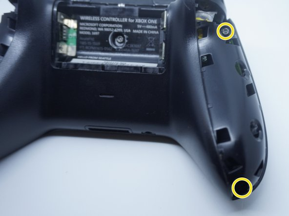 Remove the side trim from the controller, along with the 4 TR8 screws. Set the trim and screws aside somewhere safe.