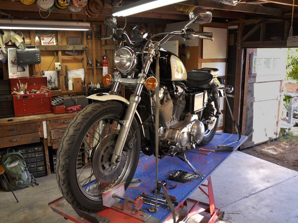 Harley-Davidson Sportster Evolution Oil Change