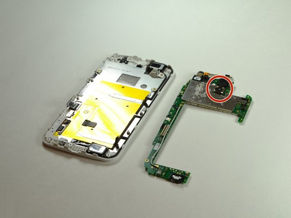 The location of the rear facing camera can be seen here.