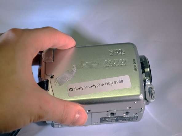 Image 1/2: The HDD is now revealed.