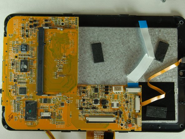 This is what your tablet should look like at this point in the repair.