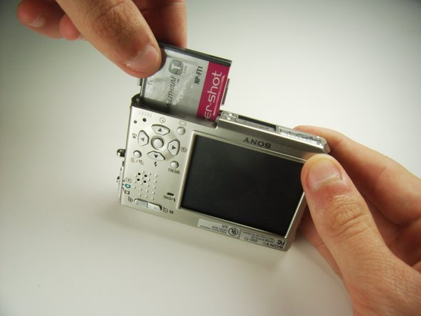 Sony Cyber-shot DSC-T1 Battery Replacement