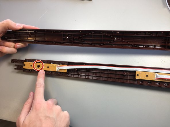 Image 1/2: Remove the fret buttons.