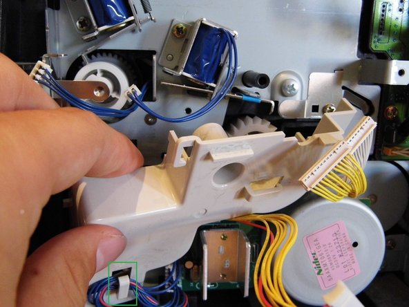 Be sure to remove the cables from the bracket! (Picture 2, green marked area)
