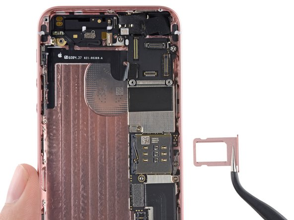 Image 3/3: Also of note: waterproof seals! There be [https://ifixit.org/blog/7408/iphone-waterproof/|foamy silicone seals|new_window=true] surrounding ''some''—but, mysteriously, not all—of the logic board connections.