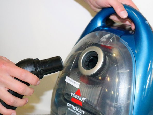 Remove the flex hose from the vacuum.