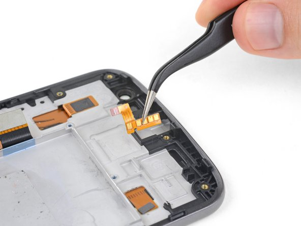 Remove the headphone jack flex cable.