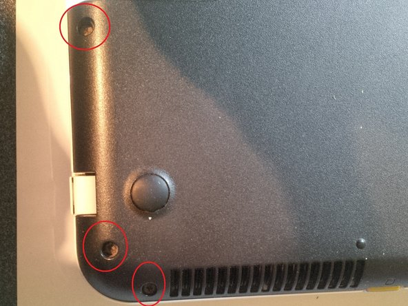Image 2/3: screws at the side , also see the next step for the rest of the screws.