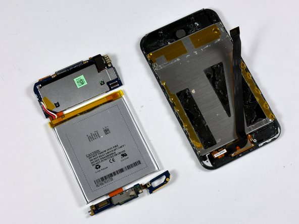Image 1/1: The logic board and battery can now be fully separated from the rest of the iPod.